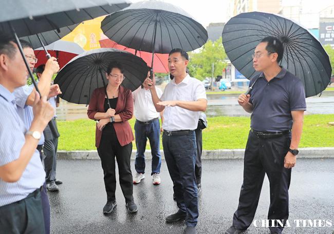 """儋州市长朱洪武在那大城区调研""""一创两建""""工作:暗访整改要再梳理再回头再巩固"""