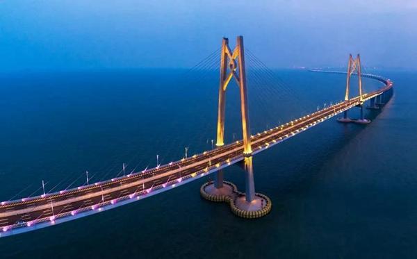 4港珠澳大桥.jpg