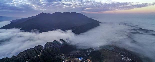 江西武宁石渡乡:初冬的第一场雾,美翻天