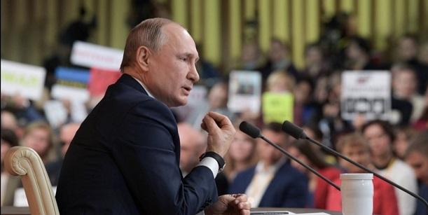 普京:俄中军事会加强合作 不结盟