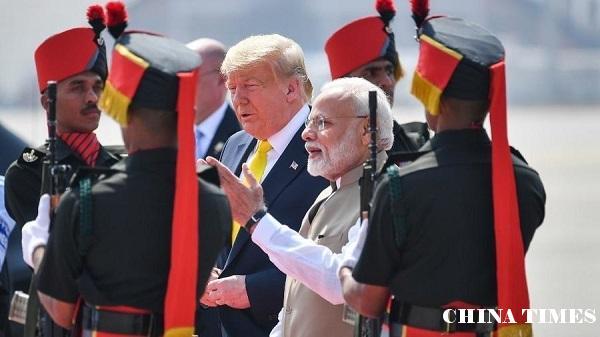 特朗普携夫人首次出访印度 两国贸易歧见难消