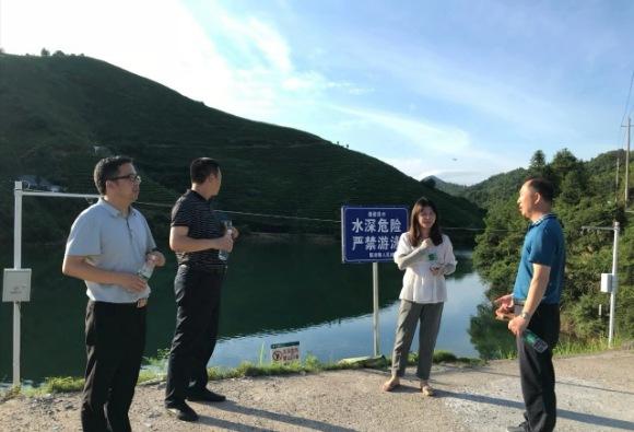 江西:临湖中学开展防溺水安全巡查工作