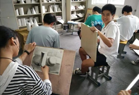 江西:六都中学举行中考体艺特长生专业考试