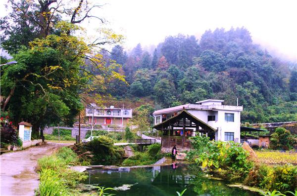 初冬,麻江乡村风光很美